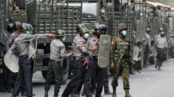 Mỹ trừng phạt 2 tướng Myanmar, dân biểu tình ngày càng sôi sục