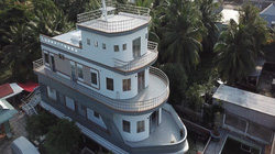 Video: Toàn cảnh căn nhà du thuyền độc nhất miền Tây