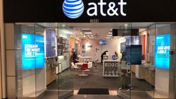 Cận cảnh điện thoại Vsmart bán tại Mỹ