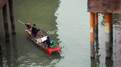 """Lưới giăng, bẫy điện chờ sẵn, cá chép chưa kịp đưa ông Táo """"chầu trời"""" đã có nguy cơ bị đánh bắt"""