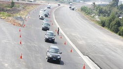 Giải 9 bài toán để tăng tốc giao thông
