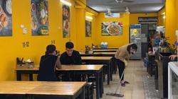 Video: Nhiều nhà hàng quán ăn ở Hà Nội chủ quan, lơ là trước dịch Covid-19
