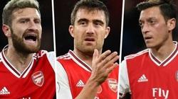 Arsenal mất trắng 9 cầu thủ trong... 3 năm