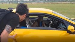 Cầu thủ Việt mua siêu xe: 4 người cộng lại mới bằng Bùi Tiến Dũng