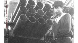 """Hải quân Việt Nam đưa """"pháo dàn"""" H12 lên tàu chiến từ khi nào?"""