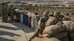 Mỹ lén đưa 10 tay súng IS khỏi căn cứ bất hợp pháp ở Syria