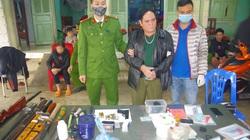 Thái Nguyên: Thu nhiều vũ khí tại nhà đối tượng mua bán ma túy