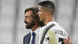 Bị rao bán, Ronaldo liền lập hat-trick đưa Juve áp sát AC Milan