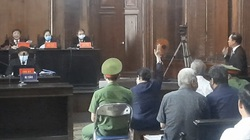 Xét xử ông Nguyễn Thành Tài: Bà Dương Thị Bạch Diệp giơ tay xin xem hợp đồng công chứng nhưng không được