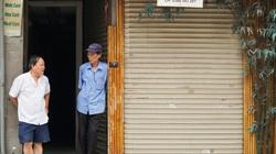 """Loạt cửa hàng trên """"khu đất vàng"""" phố cổ Hà Nội đóng cửa cả năm trời vì không có khách thuê"""