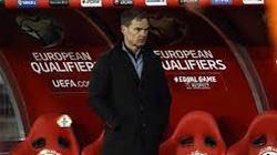 """Hà Lan thua Thổ Nhĩ Kỳ, HLV De Boer chê đội nhà """"mất cảnh giác"""""""