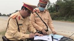Sau phản ánh của Dân Việt: CSGT Quảng Bình ra quân xử lý mạnh tay với xe quá khổ, quá tải trên quốc lộ 12A