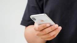 Sau 4 năm, người dùng đánh giá chiếc iPhone X ngỡ ngàng