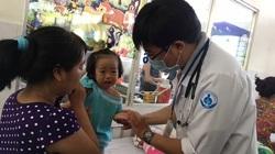 TP.HCM: Báo động trẻ mắc tay chân miệng tăng đột biến
