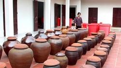 Phú Thọ: Dân làng Bợ cho những thứ gì vào vại tương, để lâu càng đỏ ngọt, ai cũng thích mua làm quà?