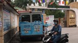 Nước ngọt Goodmood phát miễn phí cổng trường không có chứa độc tố
