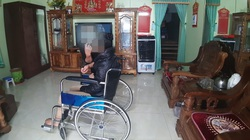 Vụ lương y Võ Hoàng Yên bị tố cáo: Bệnh nhân được bấm huyệt ngồi dậy một lần rồi lại ... nằm im