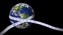Nếu đường kính Trái Đất tăng lên 50%, chúng ta sẽ không thể bay ra ngoài vũ trụ?