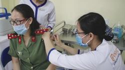 Tiêm chủng vắc xin Covid-19 cho 220 cán bộ, chiến sĩ công an ở Đà Nẵng