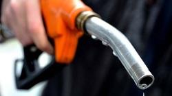 Ngỡ ngàng nguyên nhân khiến ô tô ngốn xăng bất thường