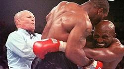 Làng quyền anh điêu đứng ra sao khi Mike Tyson cắn tai Evander Holyfield?