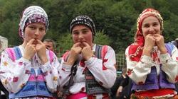 """Chuyện lạ: Tiện hơn cả điện thoại, người Thổ Nhĩ Kỳ giao tiếp bằng ngôn ngữ """"tiếng chim"""""""