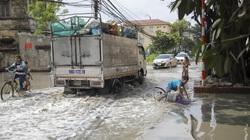 Phong Khê: Cuộc sống người dân đảo lộn vì tuyến đường ngập nước thải