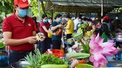Thôn nữ rủ nhau thi tài nấu lẩu mắm U Minh thơm lừng - đặc sản đãi khách quý ở Cà Mau