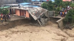 Lũ lụt, sạt lở đất khiến hàng chục người thiệt mạng ở Indonesia và Đông Timor