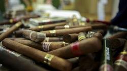 Phá đường dây buôn lậu cigar gần 2 tỷ đồng do tiếp viên hàng không cầm đầu