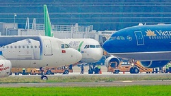 Hàng không thúc mở lại bay quốc tế thường lệ