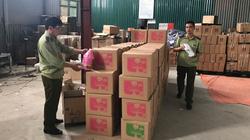 Hà Nội: Tiếp tục phát hiện cơ sở sản xuất nước giặt giả mạo nhãn hiệu D-nee, Comfort