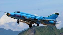 Su-25 xứng đáng thay thế cho Su-22 Việt Nam