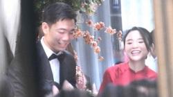 Lộ diện hình ảnh cực độc của Xuân Trường và bạn gái ở lễ ăn hỏi