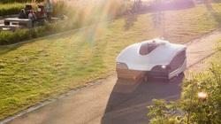 Trombia Free - xe quét đường chạy bằng điện đầu tiên trên thế giới