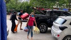 """Lo sợ dịch Covid-19, nhiều người """"sốt ruột"""" nhanh chân trở lại Hà Nội sớm sau nghỉ lễ 30/4-1/5"""