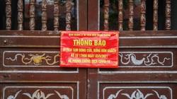 Hà Nội: Các di tích đồng loạt đóng cửa, người dân vội vã thu dọn hàng quán