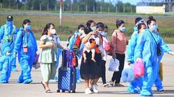 TT-Huế: Đón 231 công dân gồm phụ nữ mang thai và người thân đi kèm về từ TP.HCM bằng máy bay