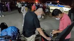Ảnh: Hàng trăm người từ TP.HCM đi qua Đà Nẵng được CSGT dẫn đường