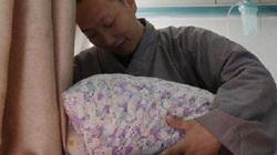 Vị hòa thượng từng là thương gia giàu có, 8 năm giúp 300 thai phụ sinh con