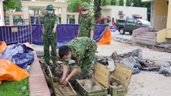 Sốc: Phát hiện gần 400 quả bom bi trong khuôn viên một cơ quan nhà nước