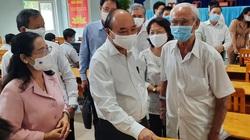 Tiếp xúc Chủ tịch nước Nguyễn Xuân Phúc, cử tri đề nghị tăng cường chống tham nhũng
