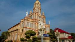 An Giang: Chiêm ngưỡng vẻ đẹp của thánh đường Thiên Chúa giáo cổ xưa nhất miền Tây nằm giữa dòng sông Tiền
