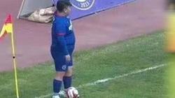 Chủ tịch kiêm cầu thủ Trung Quốc nặng 126kg: Giá trị ngang sao Hà Nội FC
