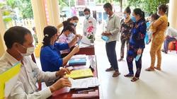 Người dân trên đảo xa nhất tỉnh Kiên Giang tuân thủ 5K phòng chống Covid-19 khi đi bầu cử sớm