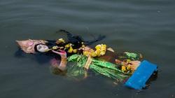 Thực hư chuyện người dân Ấn Độ vứt bỏ tượng thần do không chữa được Covid-19