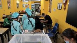 Hà Nội: Shipper hoạt động nhộn nhịp tại các cơ sở ăn uống sau công điện khẩn