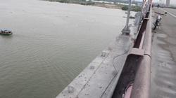 Để lại dòng tin tuyệt vọng, cô gái trẻ nghi nhảy cầu Bến Thủy tự tử