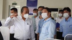 Covid-19: Phó Thủ tướng Trương Hòa Bình trực tiếp kiểm tra dây chuyền, bếp ăn trong khu chế xuất