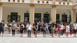 """33 nam, nữ thanh niên tham gia tiệc thác loạn giữa """"mùa COVID-19"""" bất chấp lệnh cấm"""